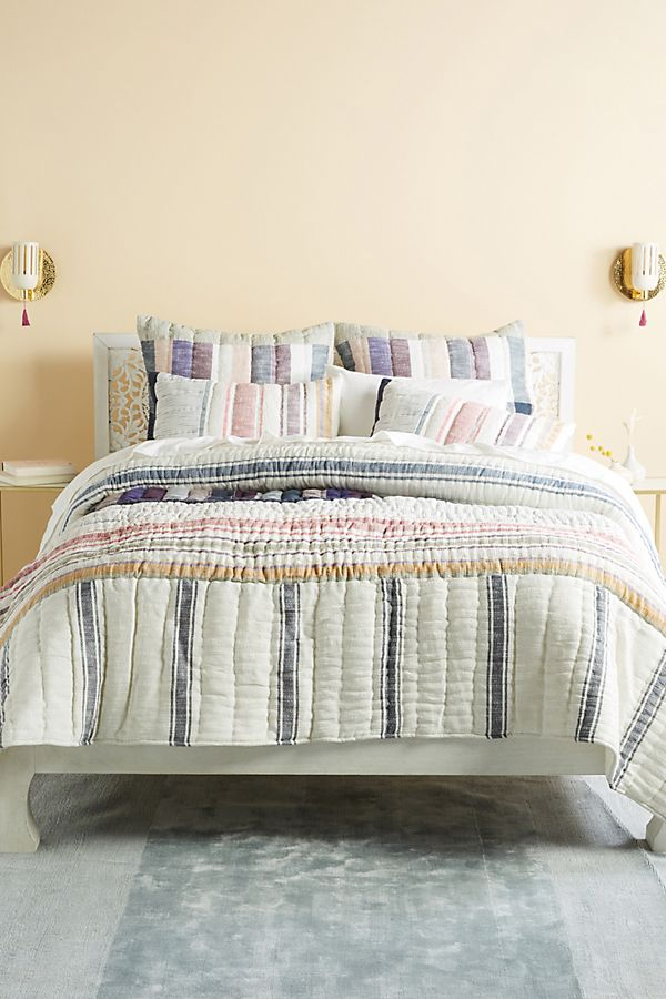 Slide View: 1: Woven Starling Quilt