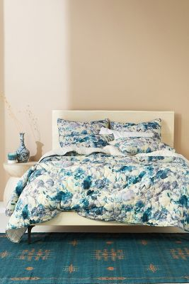 Quilts Offer Texture For A Cozy Charming French Style Oasis Perfect For Guest Rooms And Dorms