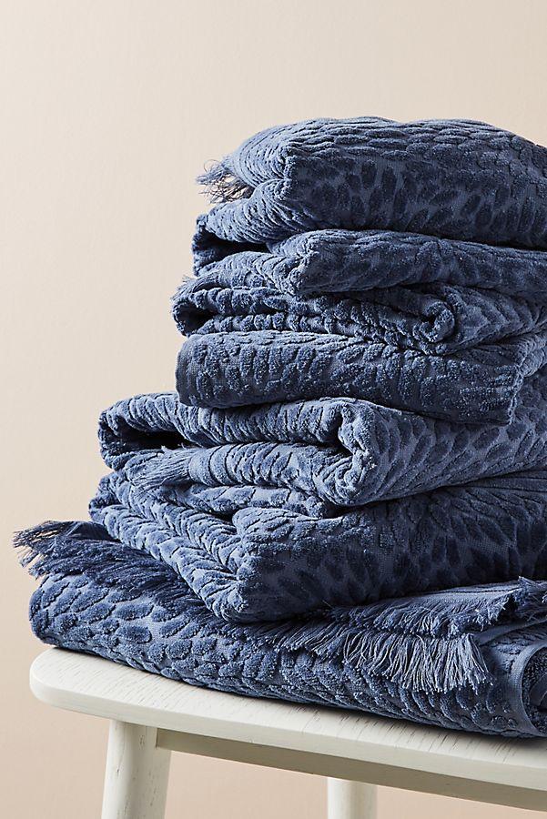 Slide View: 2: Cecile Bath Towel Collection