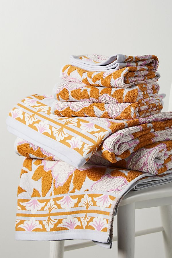 Slide View: 2: Mandy Towel Collection