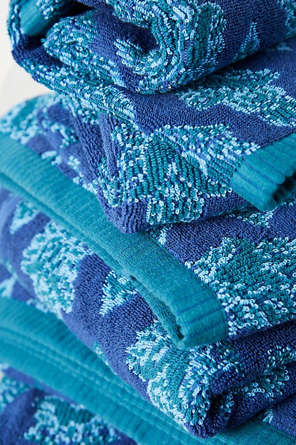 Slide View: 2: Kachel Nikoleta Towel Collection