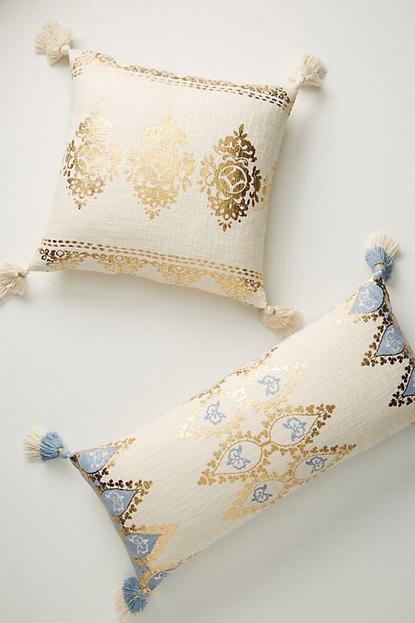 Slide View: 2: Tasseled Leticia Pillow