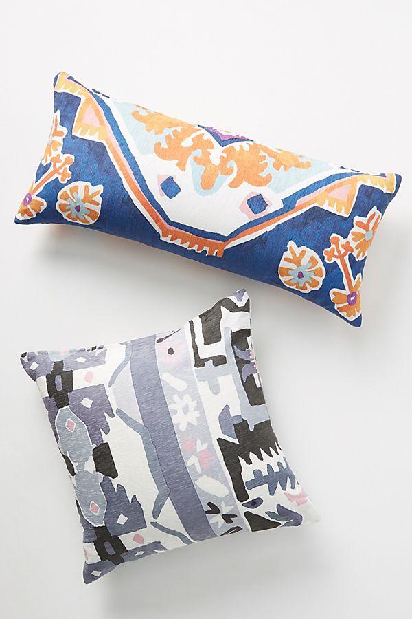 Slide View: 4: Tasmin Pillow