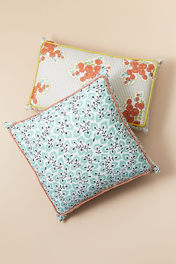 Slide View: 1: Campagne Pillow