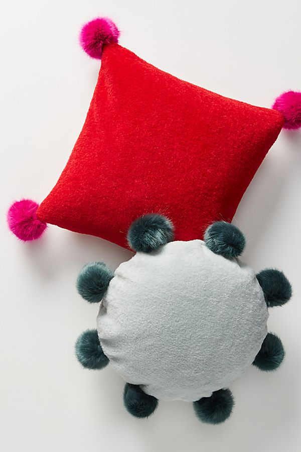 Slide View: 3: Lila Pillow