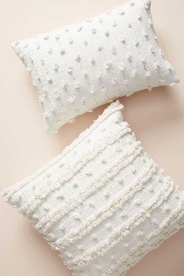 Slide View: 7: Woven Landon Pillow