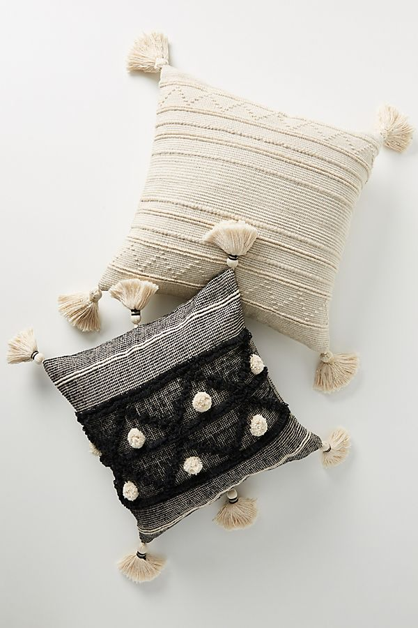Slide View: 1: Textured Clover Pillow