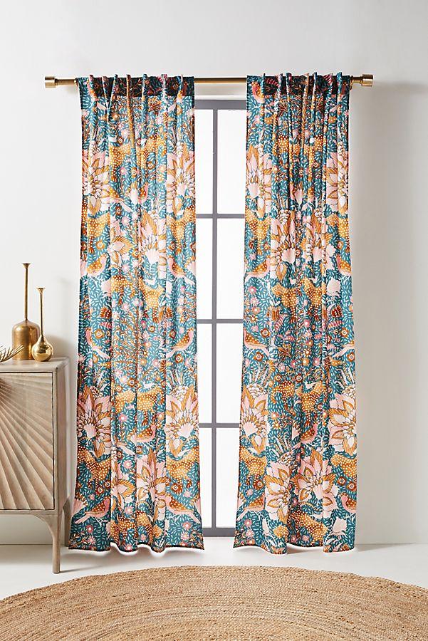 Slide View: 1: Mahina Curtain