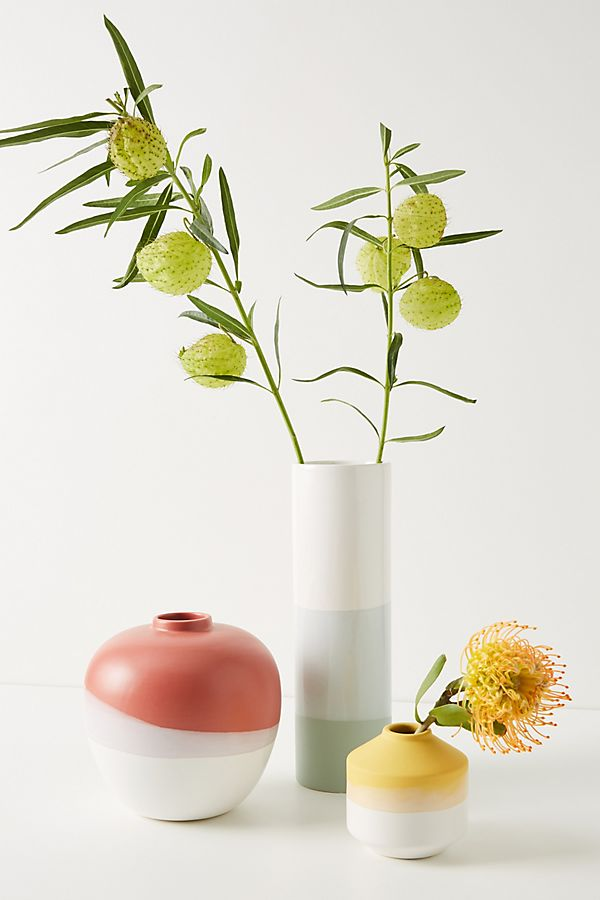 Slide View: 1: Sasha Vase