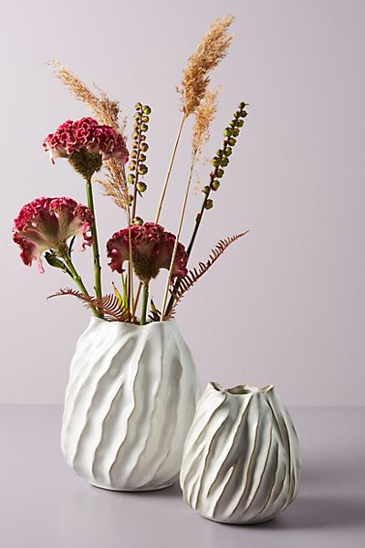 Mooney Vase