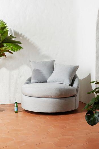Barwick Indoor/Outdoor Swivel Chair