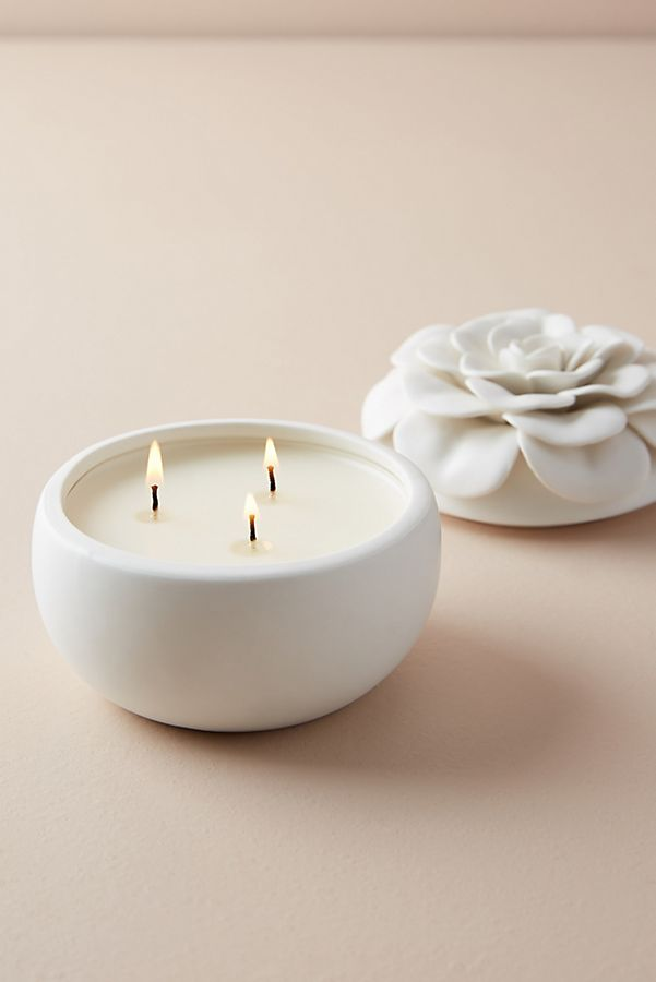 Slide View: 1: Ceramic Flower Candle