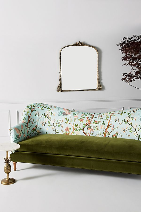 Slide View: 1: Pied-A-Terre Sofa, Valerie