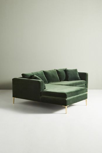 Petite Edlyn Sectional