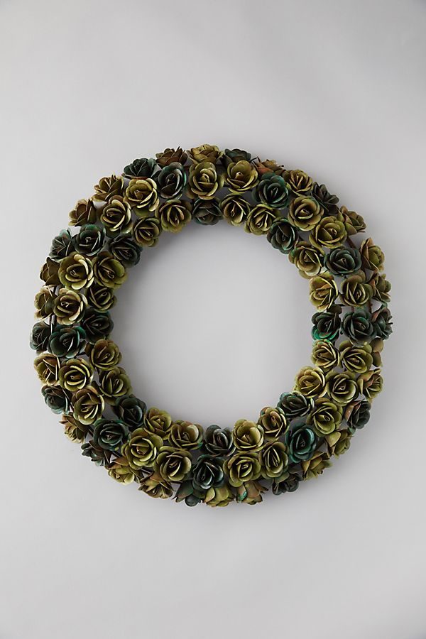 Slide View: 1: Iron Rosebud Wreath