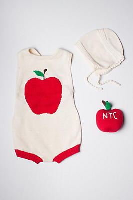 Slide View: 1: Estella Organic Apple Baby Gift Set