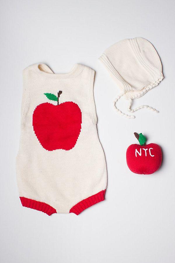 Slide View: 1: Estella Organic Apple Baby Gift Set