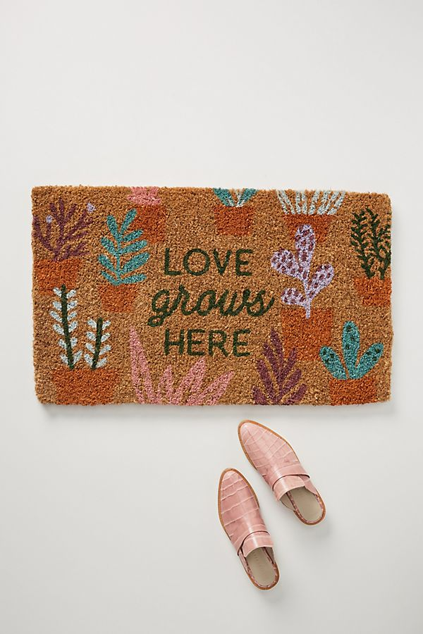 Slide View: 1: Love Grows Here Doormat