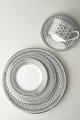 Slide View: 2: Caskata Hawthorne Ice Full Border Dinner Plate