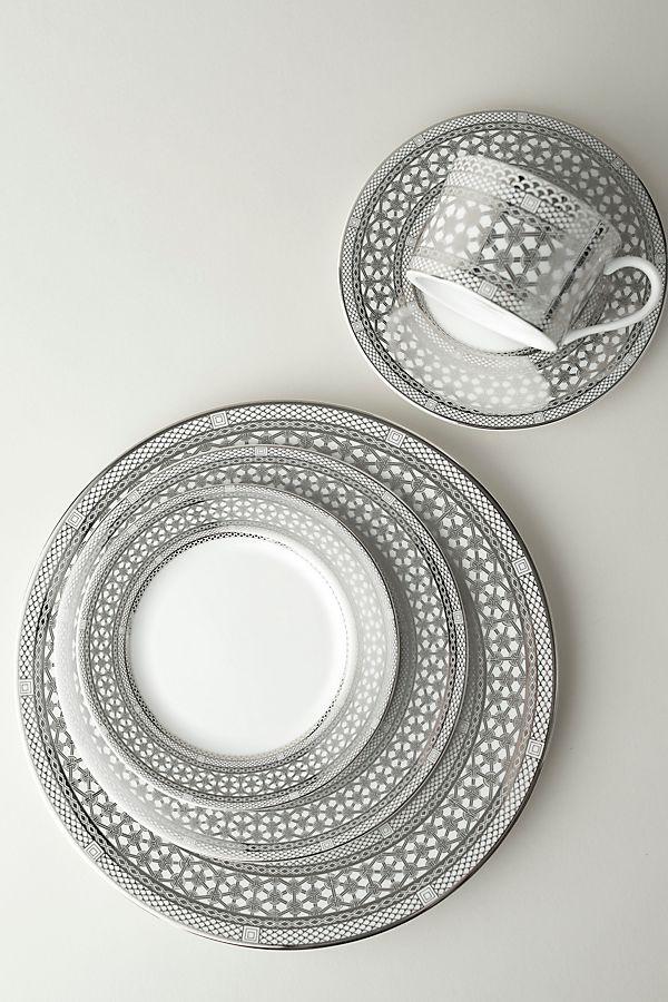 Slide View: 2: Caskata Hawthorne Ice Full Border Dinner Plate