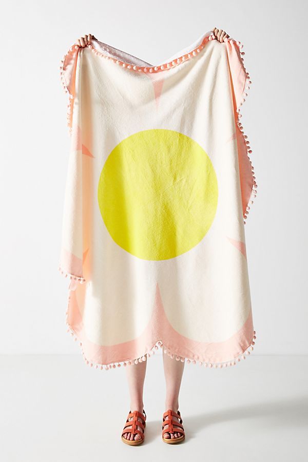 Slide View: 1: Ban.do Embellished Daisy Beach Towel