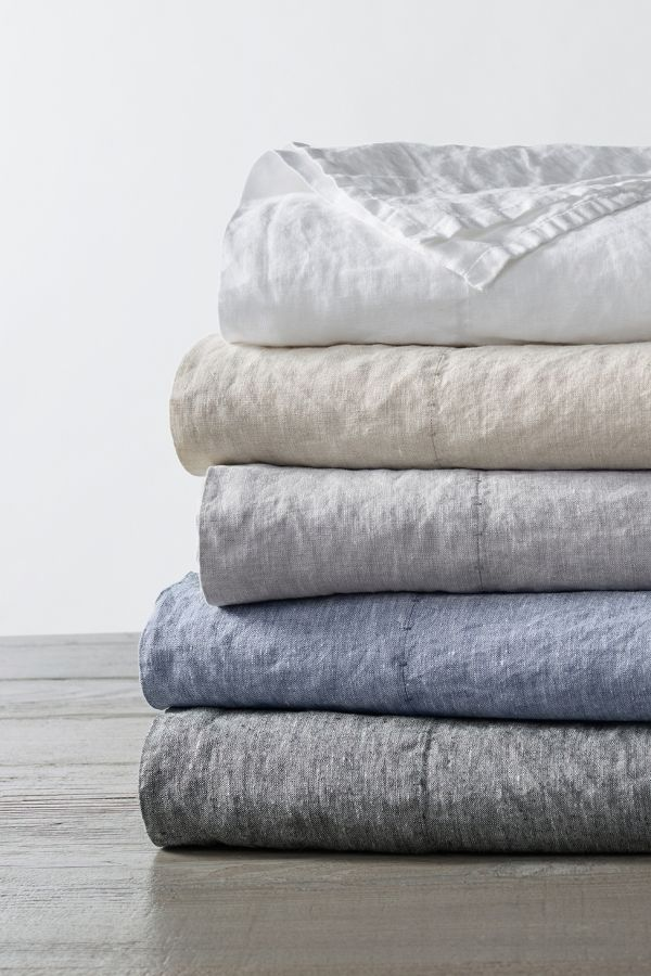 Slide View: 2: Coyuchi Organic Linen Chambray Sheet Set