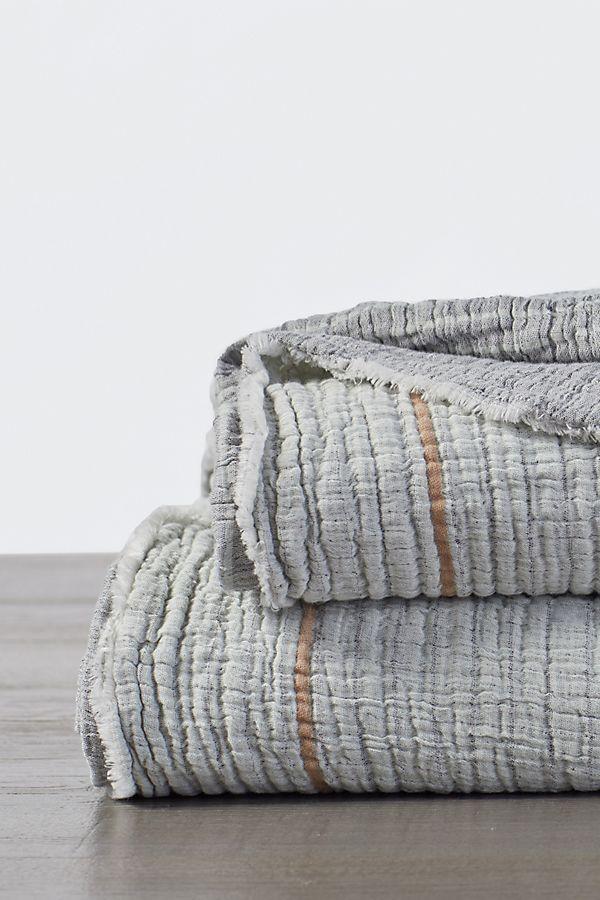 Slide View: 1: Coyuchi Topanga Organic Matelasse Blanket