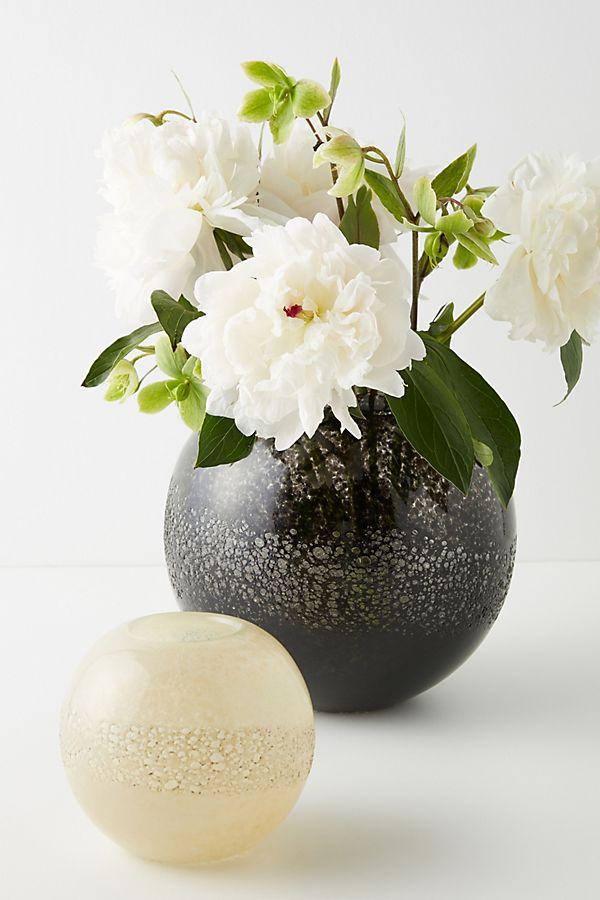Slide View: 3: Iman Vase
