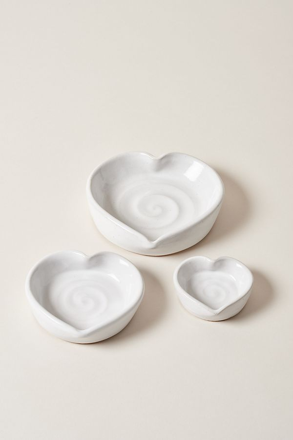 Slide View: 1: Farmhouse Pottery Heart Dishes