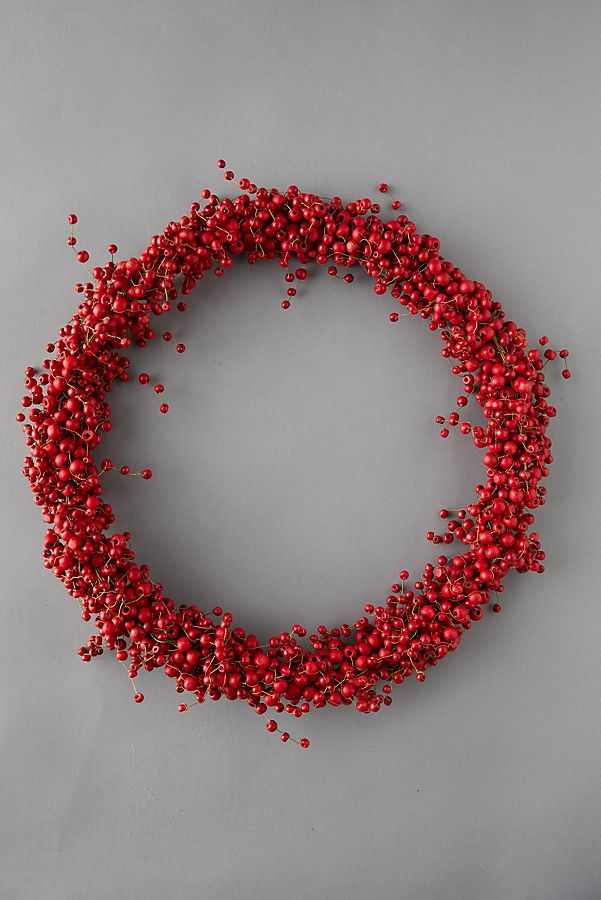 Slide View: 1: Red Berry Wreath