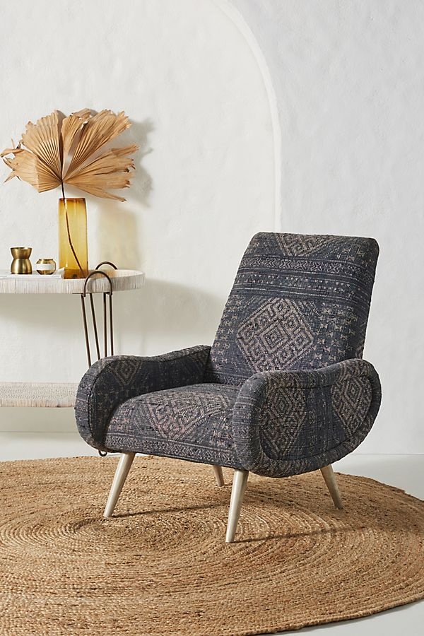Slide View: 1: Rug-Printed Kennett Chair