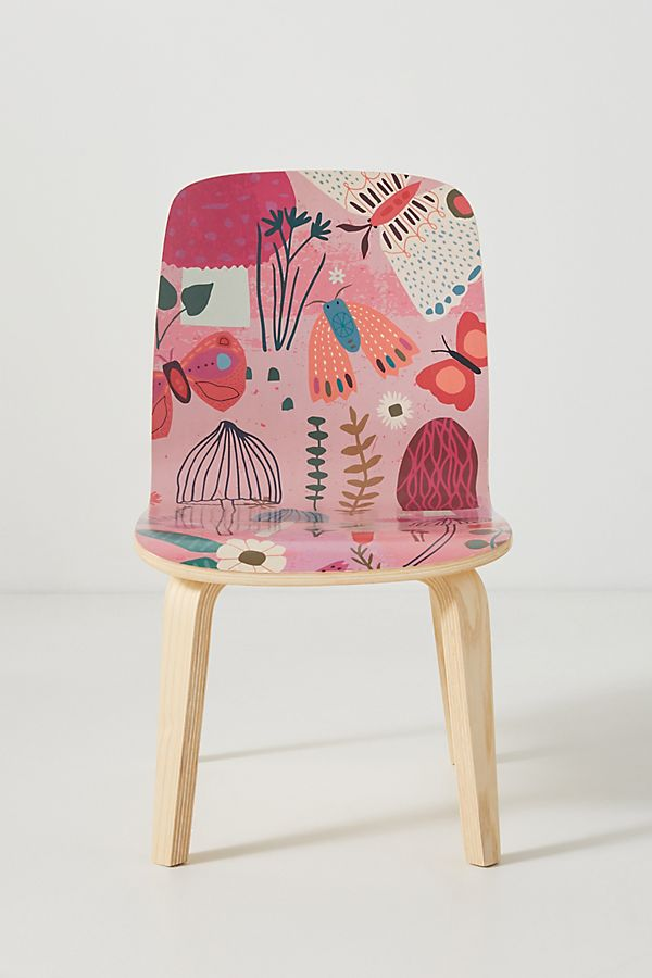 Slide View: 1: Tara Lilly Backyard Tamsin Kids Chair