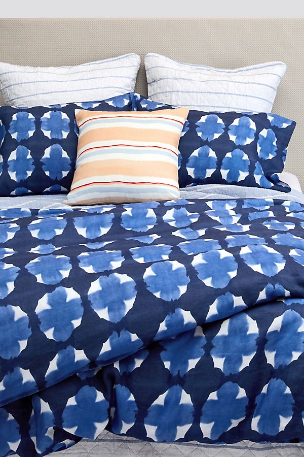 Slide View: 1: Rebecca Atwood Geo Dyed Duvet Cover