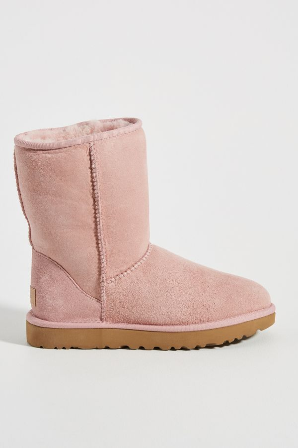 UGG Classic Short II Boots - Come discover Pretty Pink Christmas Decor Inspiration with holiday interiors as well as shopping resources. #pinkChristmas #holidaydecor #christmasdecorating