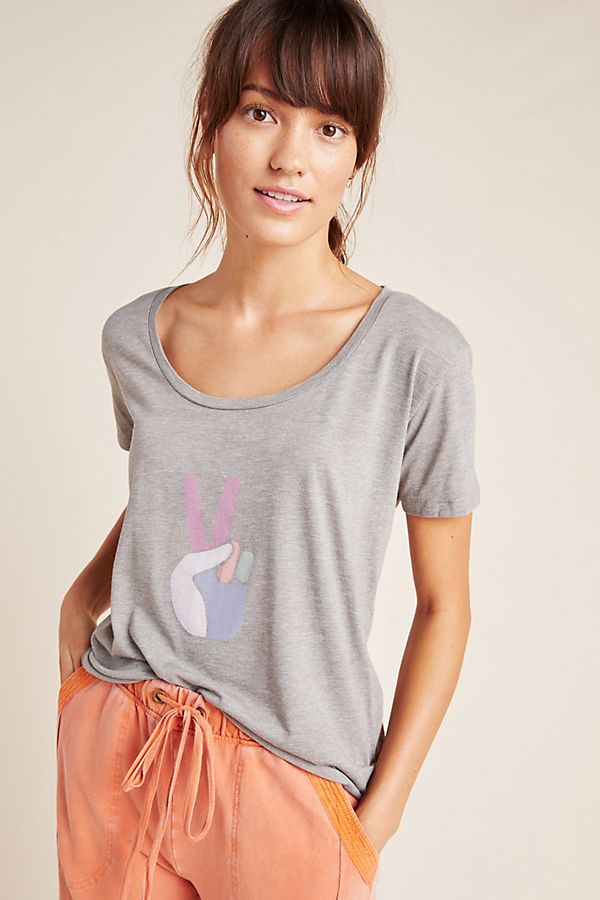 Slide View: 1: Peace Sign Graphic Tee