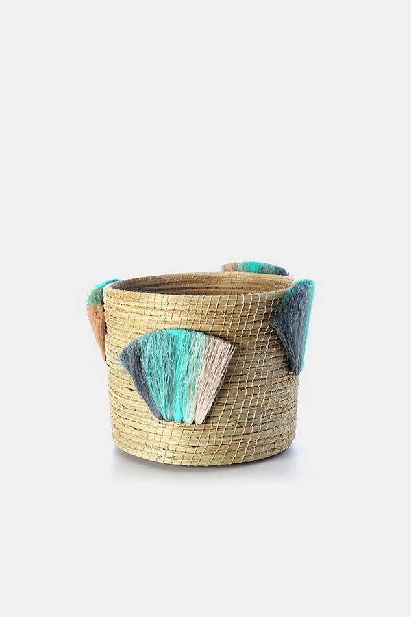 Slide View: 1: Charlie Sprout Fanned Out Medium Planter