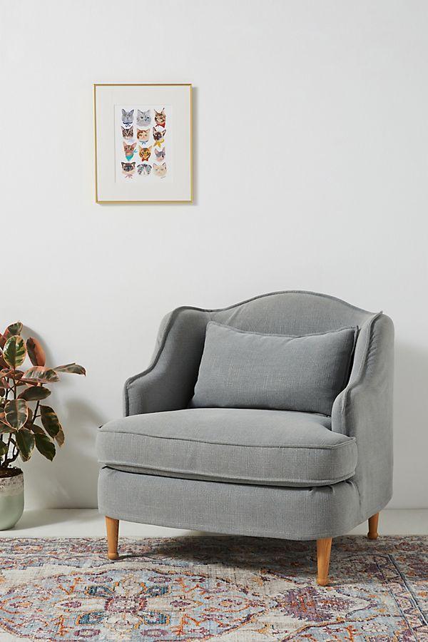 Slide View: 1: Hannah Slipcover Chair