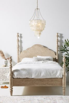 Picture of: Bedroom Furniture In French Country Or Classic