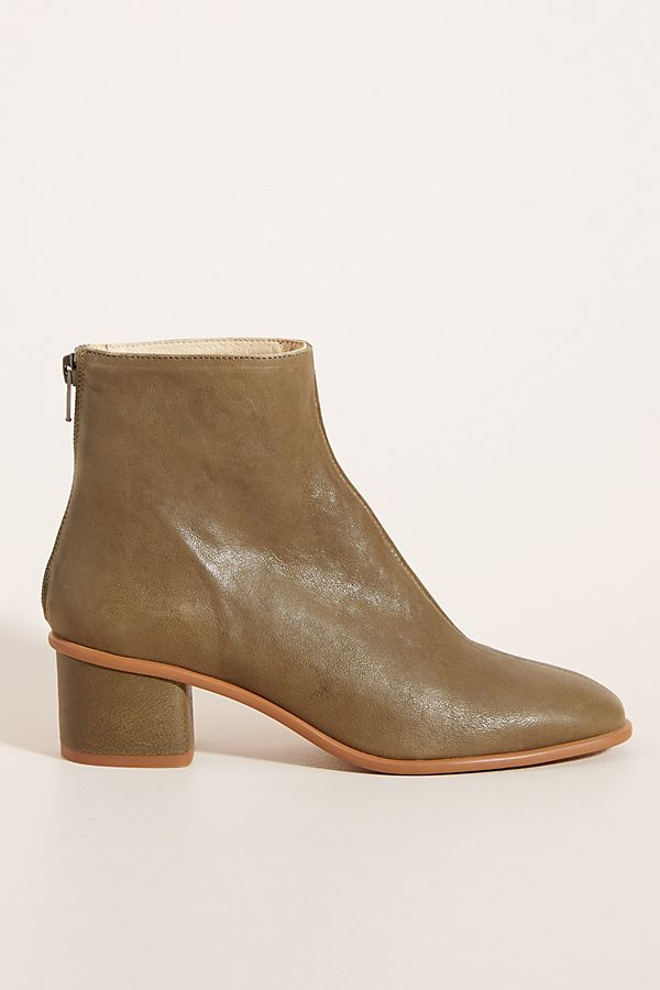 Slide View: 1: Emmeline Ankle Boots