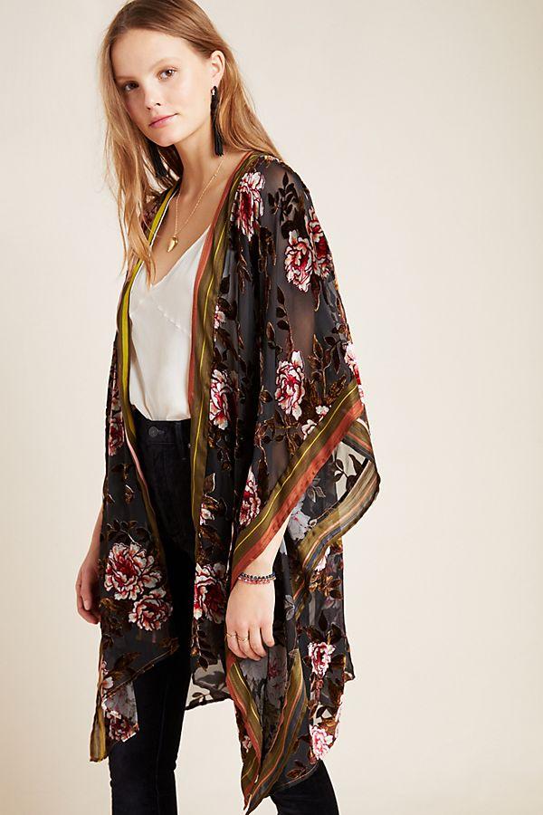 Slide View: 1: Viola Burnout Velvet Kimono