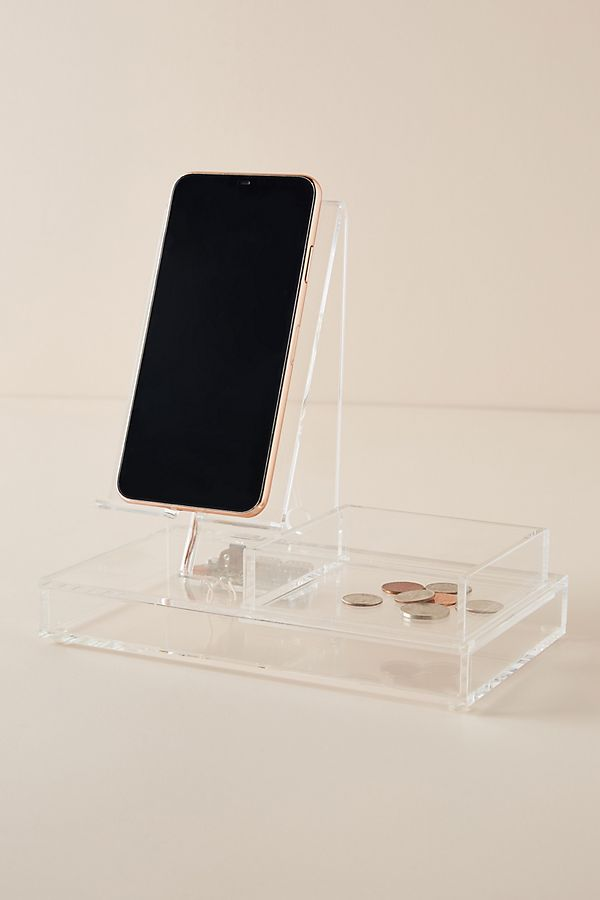 Slide View: 1: Lucite Charging Station