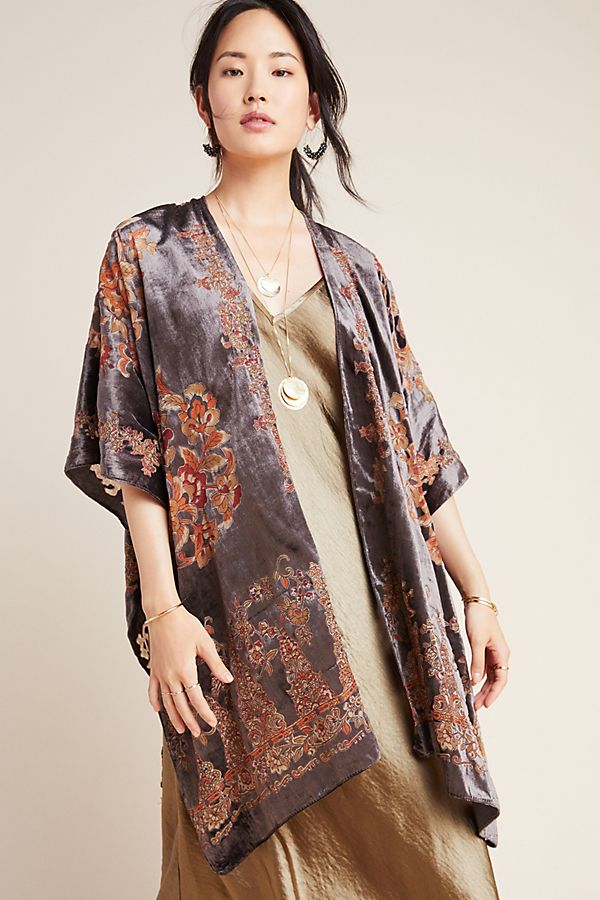 Slide View: 1: Claudette Burnout Velvet Kimono