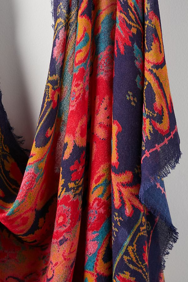 Slide View: 2: Tapestry Fringed Scarf