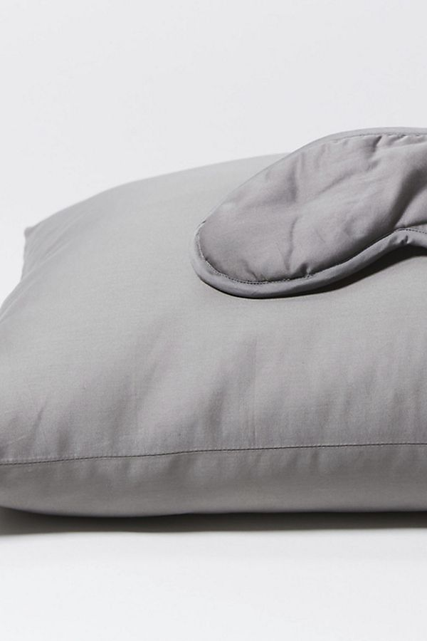 Slide View: 1: Coyuchi 300 Thread Count Organic Sateen Travel Sleep Set