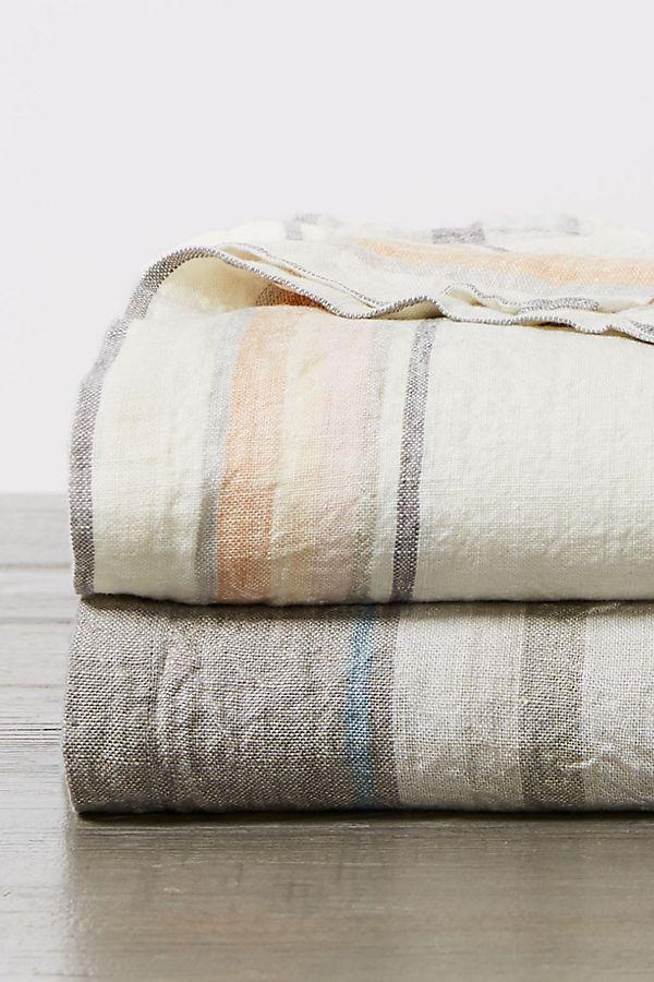 Slide View: 3: Coyuchi Mojave Organic Blanket