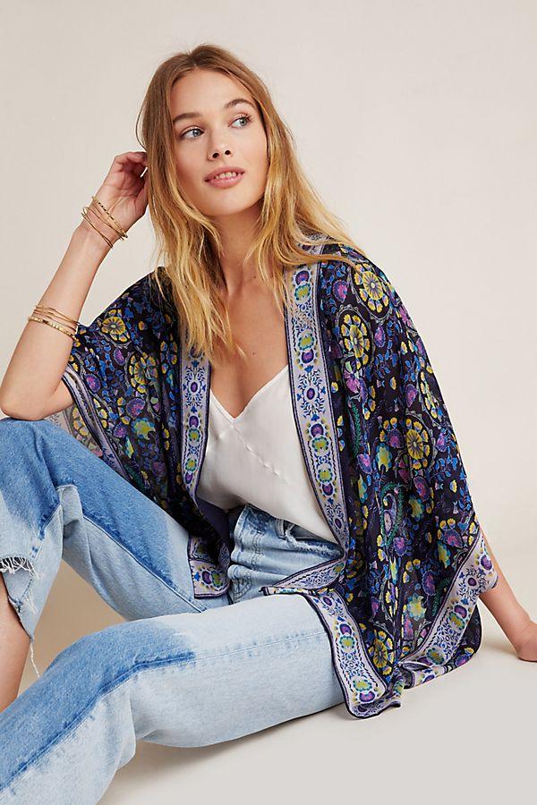 Slide View: 1: Verika Cropped Kimono