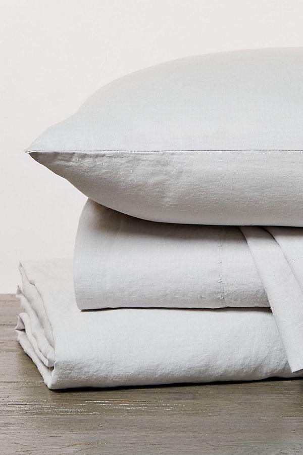 Slide View: 1: Coyuchi Organic Relaxed Linen Sheet Set