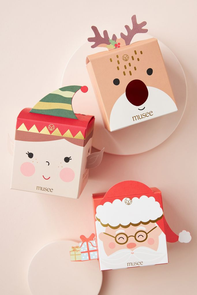 holiday themed bath bomb is great for a christmas gift and will create a holiday mood for your female both