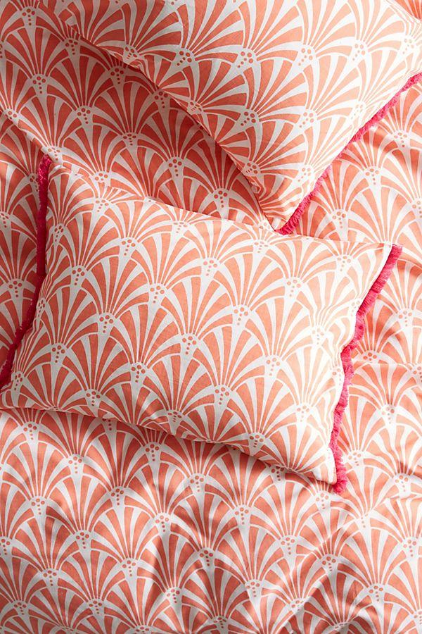 Tasseled Deco Fan Square Pillowcase