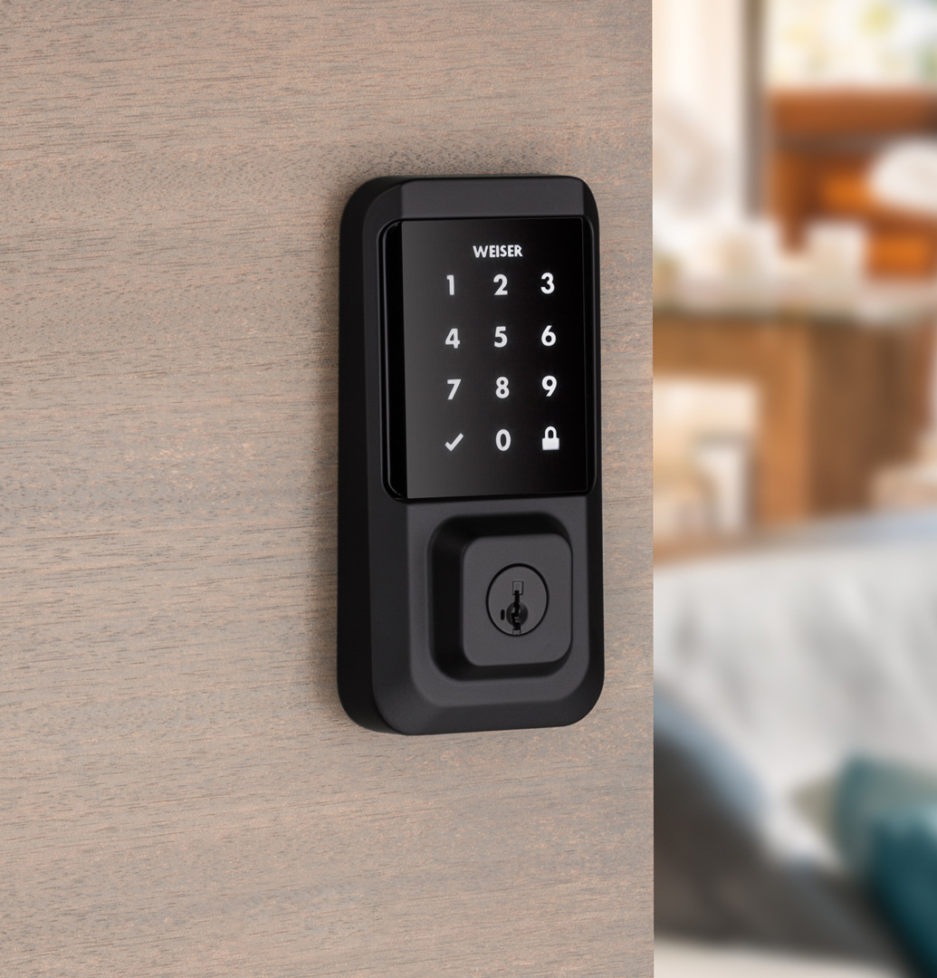 Use traditional keys with your Wi-Fi smart door lock